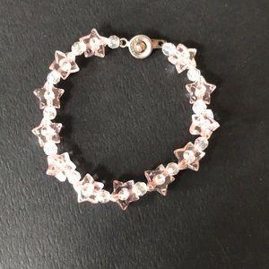 🐥4/$30🐥 Canadian handmade star beaded bracelet